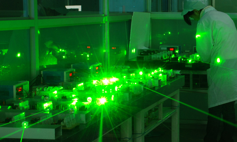 Technology Development and Application Field of Semiconductor Lasers